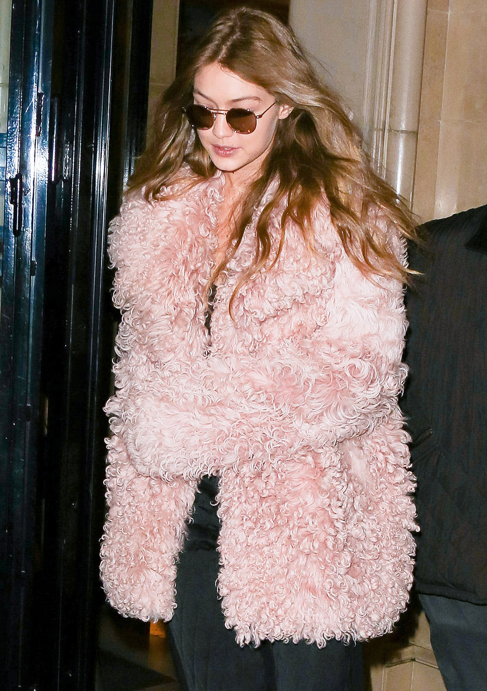 Gigi Hadid cosy coats outfit