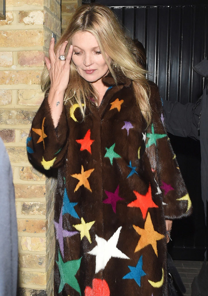 Kate Moss cosy coats outfit