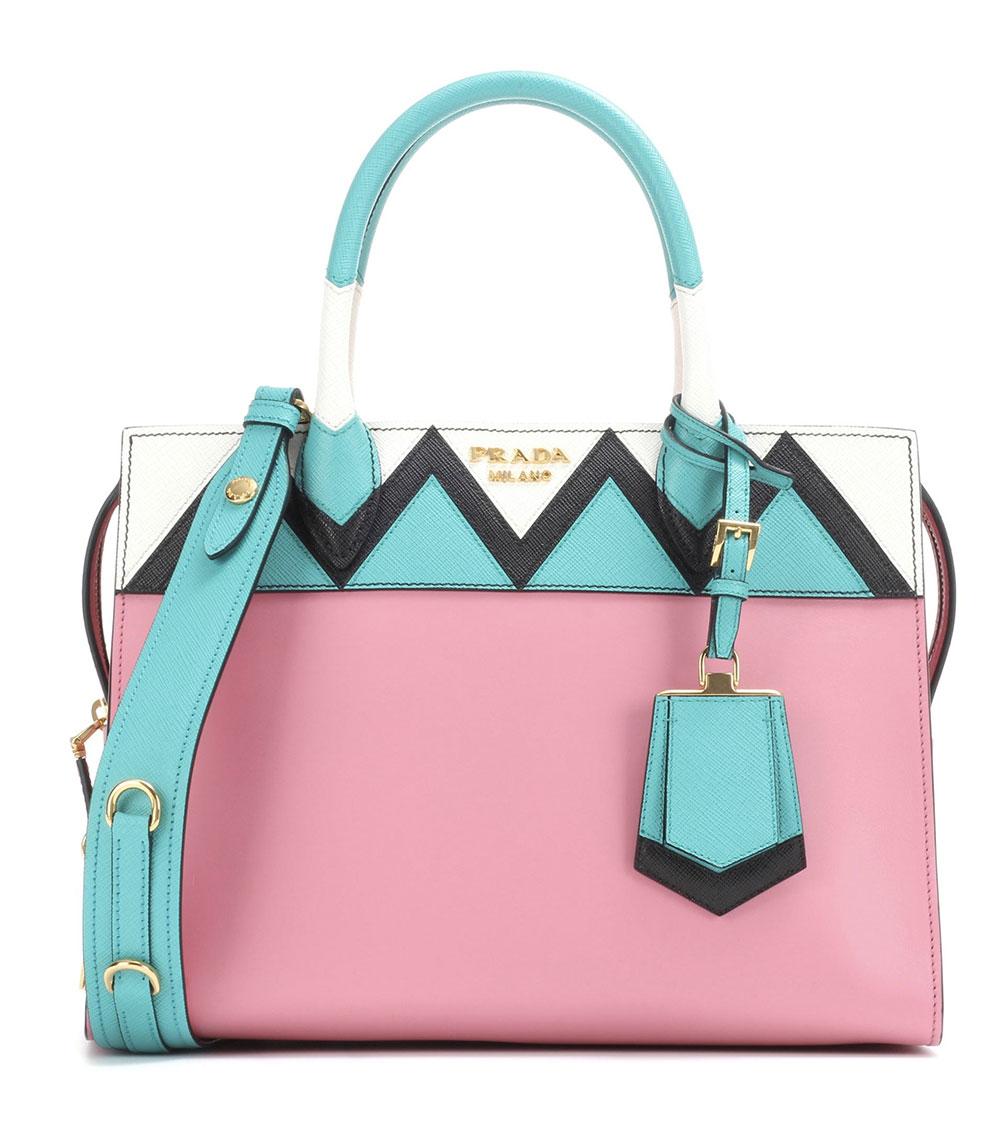 pink handbag outfit