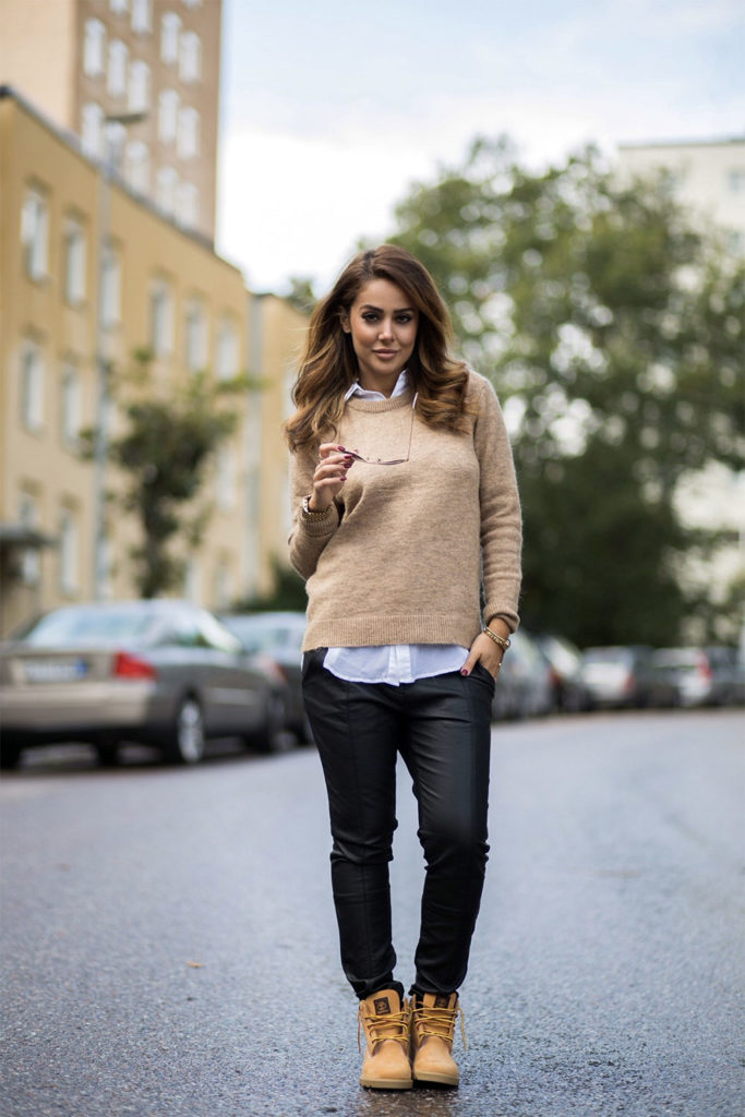 white shirt jumper daily outfit