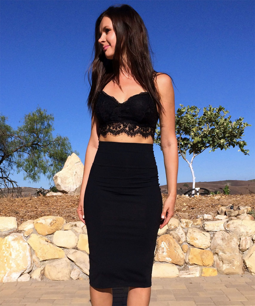 crop top black skirt