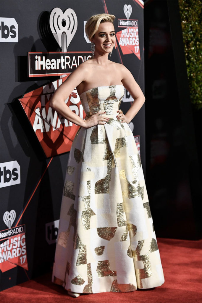 katy perry iheart awards outfit