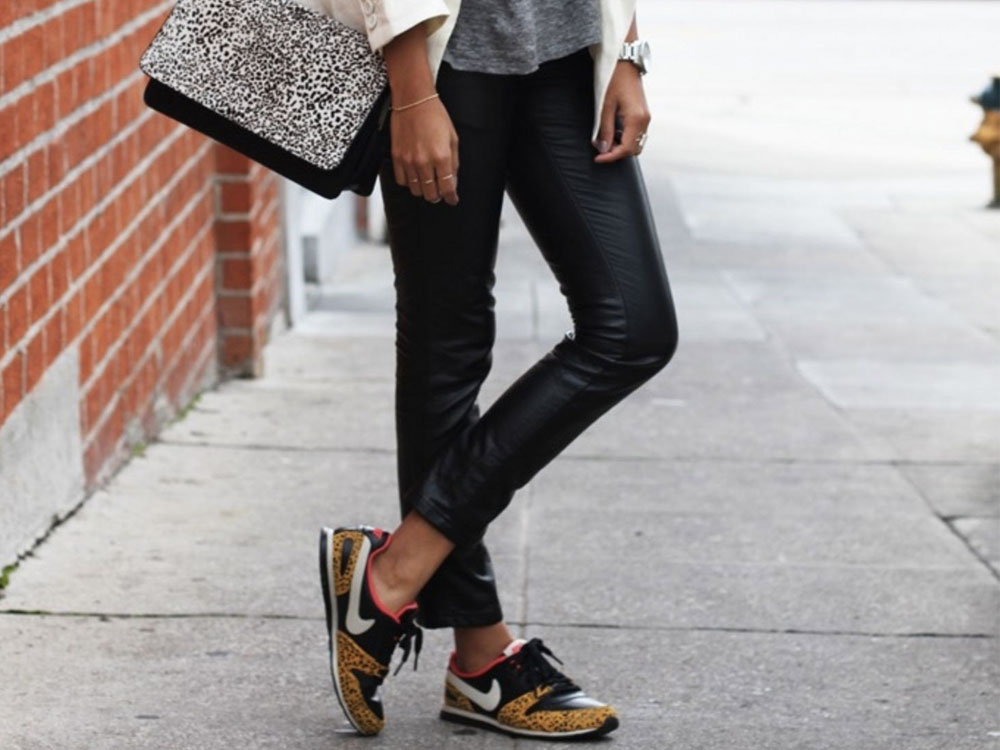 sneakers outfit ideas