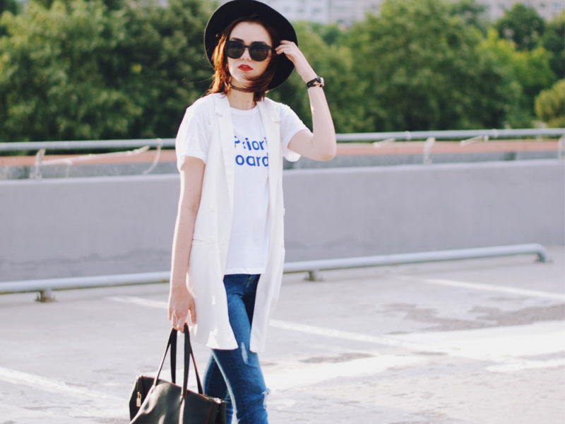 jeans and tshirt outfit ideas