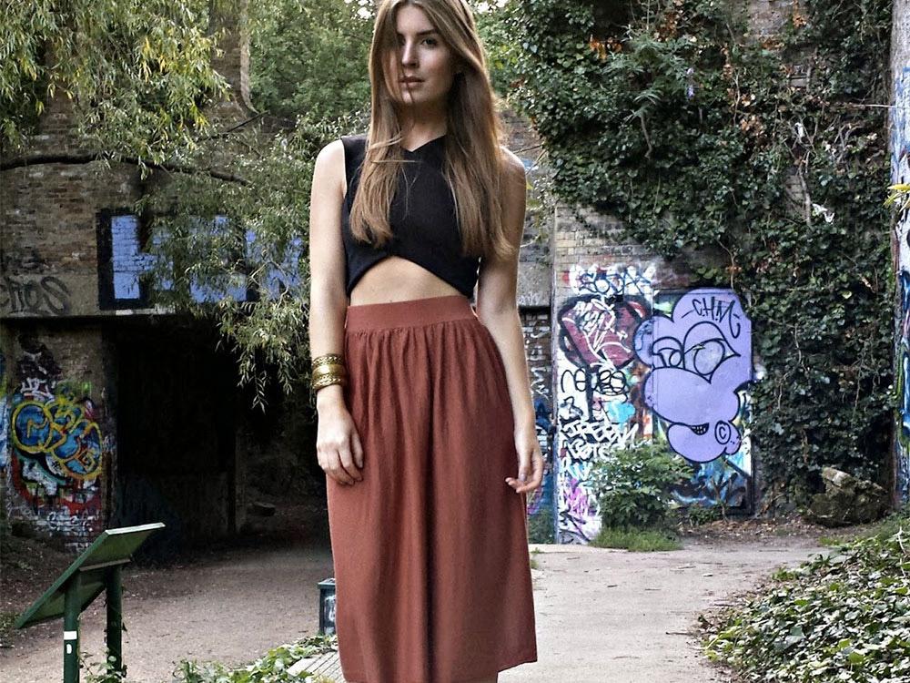 midi skirt outfit ideas