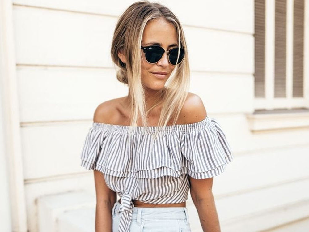 ruffle top outfit ideas