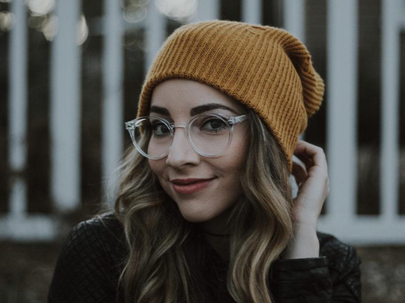 vintage glasses outfit ideas