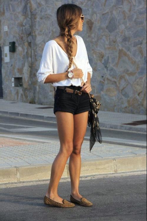 black mini short outfit
