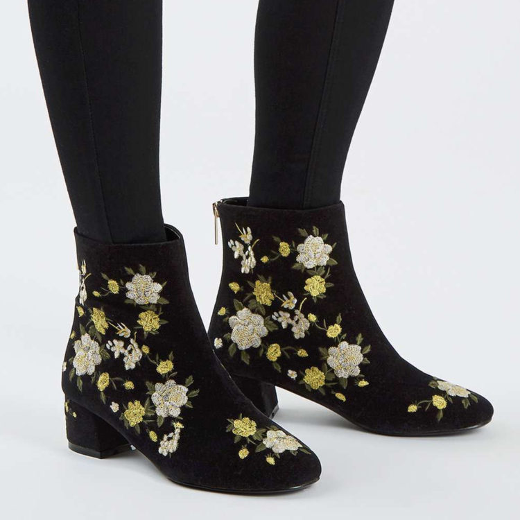 embroidery black shoes