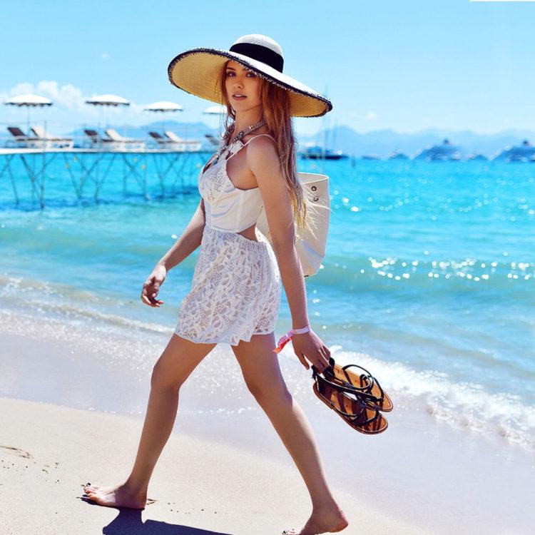 straw hats beach