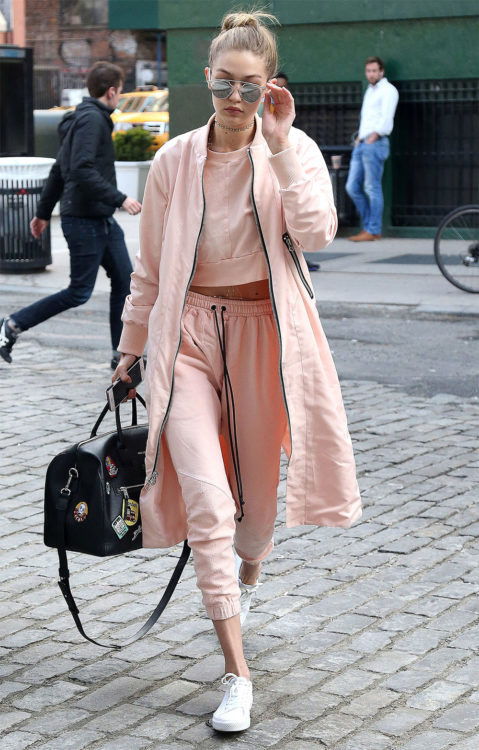 Gigi Hadid pink outfit