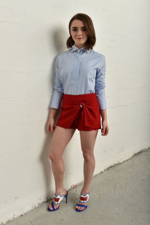 Maisie Williams Slogan Heels
