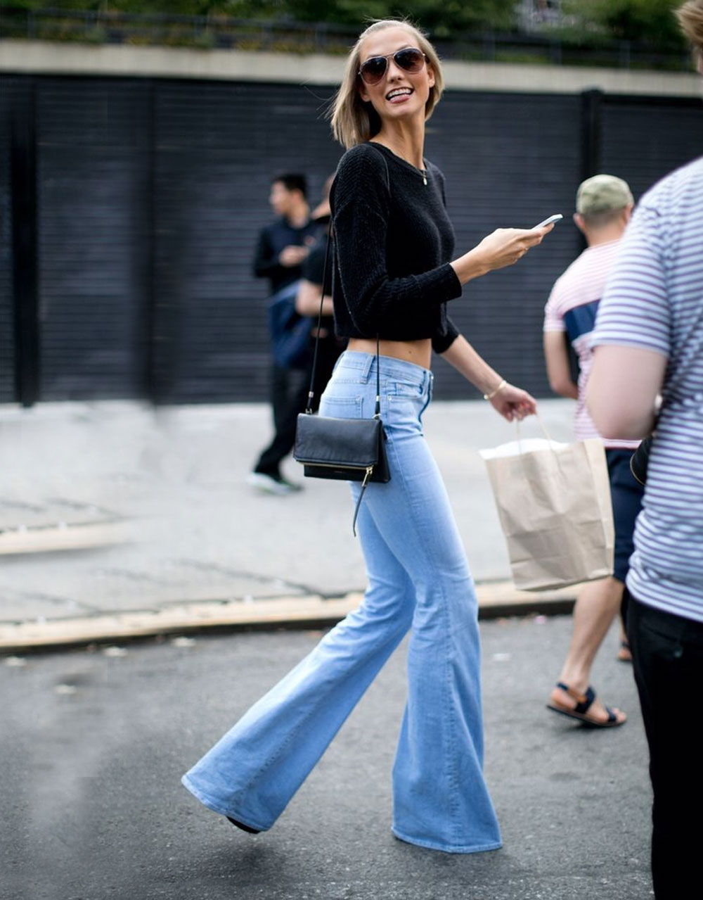 skinny flared jeans outfit