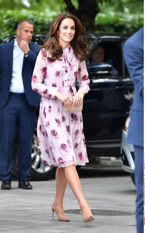 kate middleton floral dress outfit