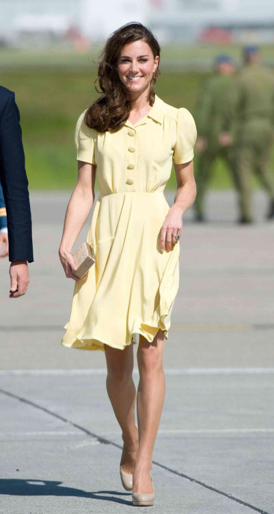 kate middleton yellow dress outfit
